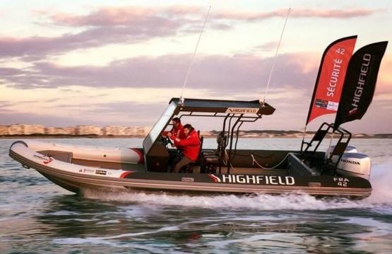 Highfield Ocean Master 860